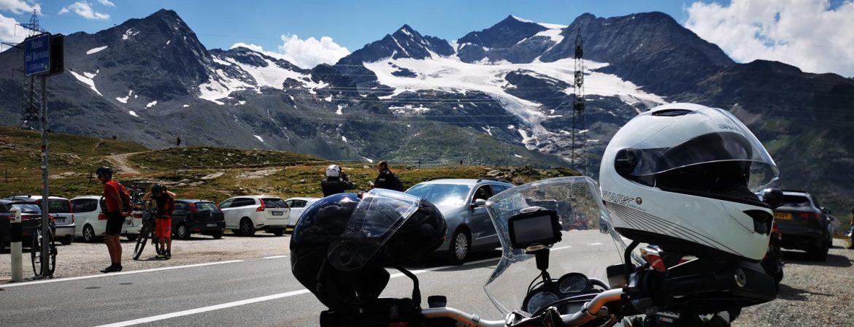 Am Berninapass